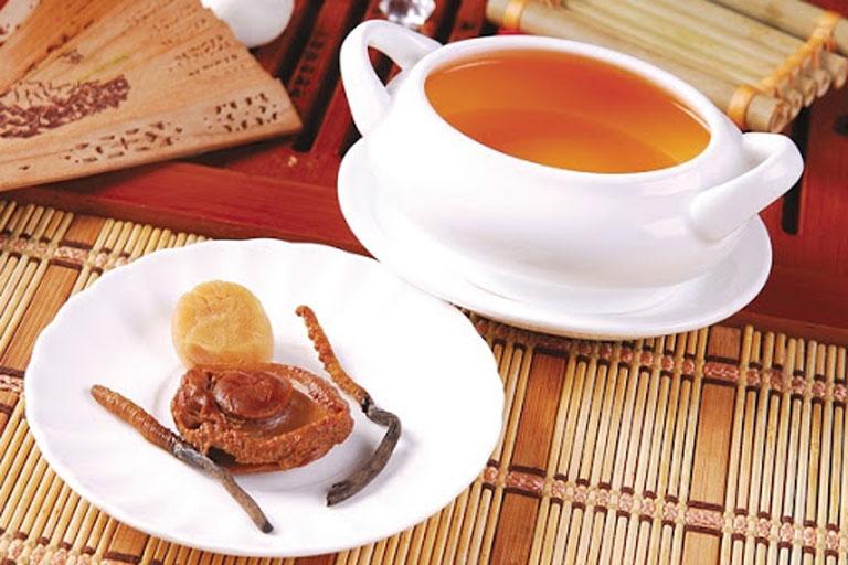 Ngâm mật ong dễ ăn và phù hợp với nhiều đối tượng